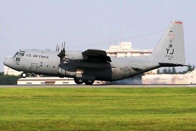 Jfox Jfc130004 1/200 USA Air Force Lockheed C-130 74-2062 mit Ständer