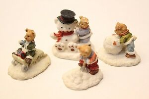 NEW-Set-of-4-Cute-Bears-in-Snow-Winter-Christmas-Mini-Ceramic-Ornaments