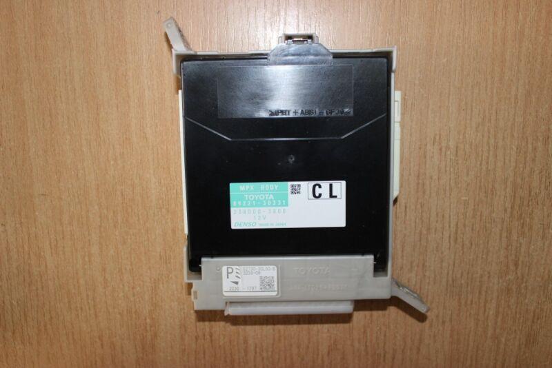 2013 LEXUS GS 450H GWL10 / MPX BODY CONTROL UNIT + FUSE BOX 89221-30331
