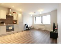 1 bedroom flat in Endeavour House, Lyonsdown Road, New Barnet, EN5