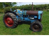 FORDSON DEXTA CHEAP RUNNING VINTAGE TRACTOR FIXER UP SEE VIDEO CAN DELIVER