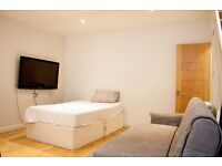 SPACIOUS ONE BEDROOM FLAT IN BAKER STREET *** ALL BILLS INCLUDED *** CALL NOW !!!