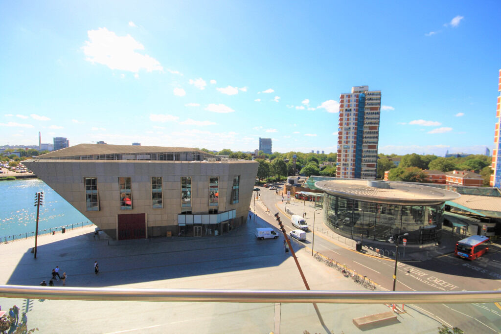 Luxury two bed apartment, with private balcony and stunning views.