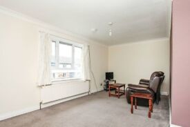 1 bed flat, part furnished, Dumfries.