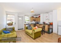 *** Lovely one bedroom period conversion flat, Mount View Road, N4 ***