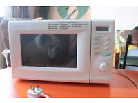 SHARP Compact Microwave Oven