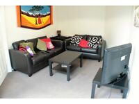 **Double Room in Armley Park Road**- SAVE £100 FROM YOUR FIRST MONTHS RENT IF YOU APPLY IN JUNE!!