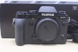 Fuji Xt1 (Body Only) in excellent condition with box
