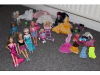 Barbie dolls and Accessories lot !