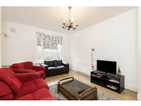 Bright newly refurbished two bedroom flat in Brook Green