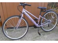 Apollo HAZE Ladies Bike. Hybrid, 18 Speed. hardly used !... 14inch Frame & 24inch Wheels.