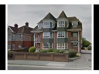 2 bedroom flat in Poole BH15, NO UPFRONT FEES, RENT OR DEPOSIT!