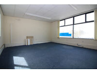 Fully serviced, 1st floor office in busy town centre