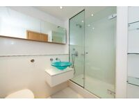 @ WEST INDIA QUAY - STUNNING TWO BED TWO BATH 26TH FLOOR APARTMENT - HEART OF CANARY WHARF! E14