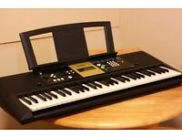 Yamaha YPT220 Portable Keyboard (Excellent condition 90% new)