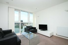 A spacious and stylish one bedroom dock-side flat with scenic views of the river thames