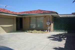 GREAT 3 BRM VILLA FOR SUMMER NEAR SCARBOROUGH  BEACH !!! Scarborough Stirling Area Preview