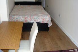 Studio furnished in Thornton Heath £550 per month