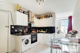 SW17 9NG - MITCHAM ROAD - A STUNNING 2 BED 2 BATH FLAT WITH PRIVATE TERRACE - VIEW NOW