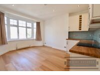 **SORRY NO DSS***2 bedroom NEWLY REFURBISHED flat in Winchmore Hill available now!**
