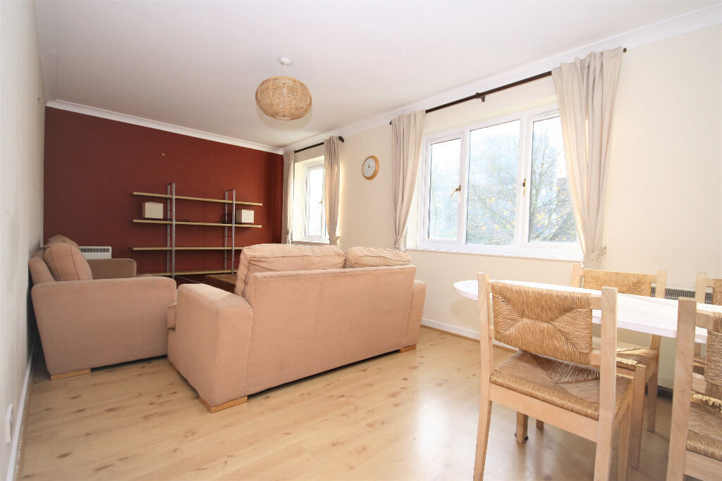 Wonderful one double bedroom within walking distance of Borough tube station.
