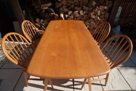 Ercol dining table/ set of 4 chairs from 1960