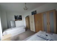 Fantastic twin room available in St Johns Wood!GOOD OFFER! 18f