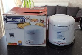 Delonghi Deep Fat Fryer 1kg New unused