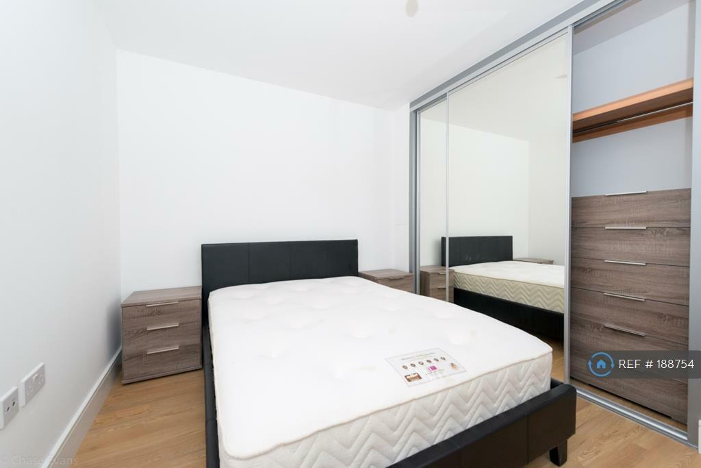 1 bedroom flat in Ivy Point, Bow, E3 (1 bed)