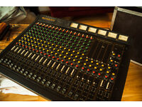 Allen and Heath 16Channel 90s Console with heavy duty flightcase. 3Aux 4Group (stereo)