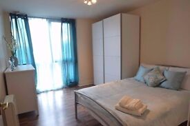 Stunning NEWLY built 3 bedroom flat for rent !!!