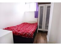 Double room in SHOREDITCH * 1 STOP to LIVERPOOL STREET