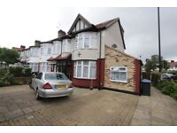 Three Bedroom Flat For Rent On Hedge Lane, Palmers Green, London, N13