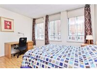 OXFORD STREET MAYFAIR AND HYDE PARK COUPLE OF MIN AWAY CALL NOW AVAILABLE FOR LONG AND SHORT LETS