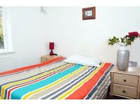 GREAT DOUBLE ROOM IN ZONE 2 - ALL BILLS, WI-FI AND WEEKLY CLEANNING INCLUDED IN THE RENT