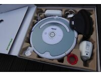 iRobot Vacuum Cleaner Roomba 530, fully refurbished, new battery with accessories and spares