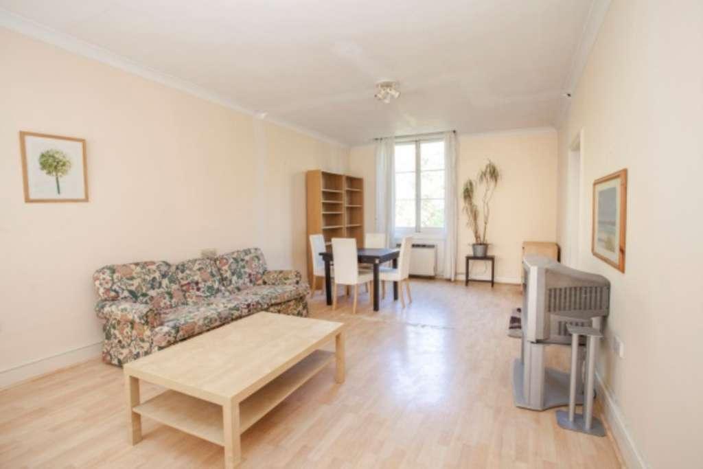 3 bedroom flat in Westbourne Terrace, Bayswater, W2