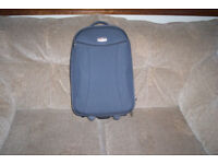 QUALITY SEMI RIGID HAND LUGGAGE