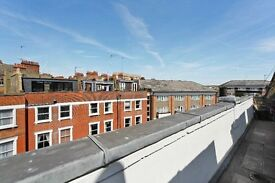 Moments from West Ken Tube!!! 2 Double Bed Flat - Pefect for Sharers - Great Value - £360pw - W14
