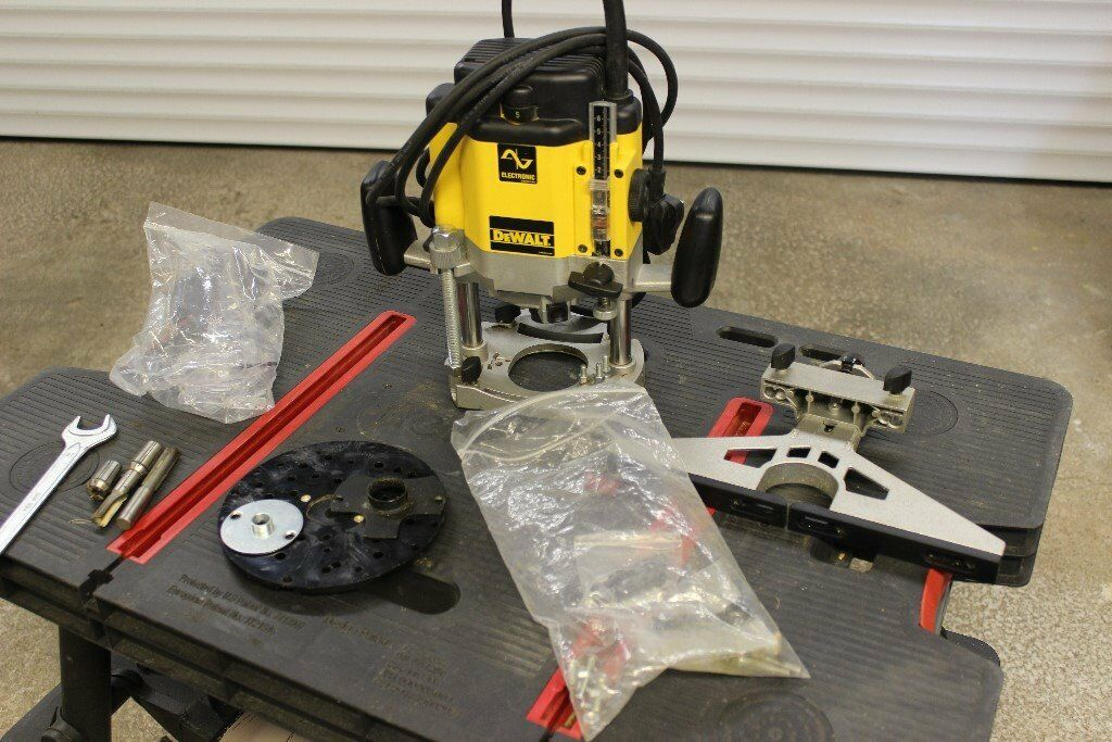 Dewalt router 625e best router 2017 dewalt dw625ek under a router table which lift by greentooth Image collections