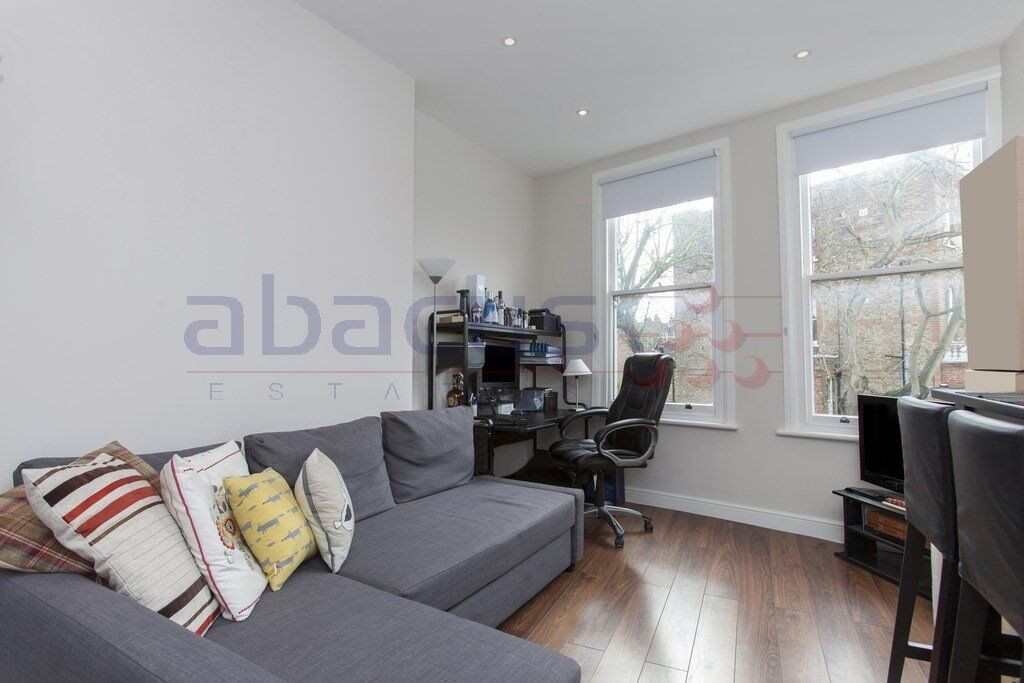 A stunning 1 x bedroom property in South Hampstead - Call Shelley 07473792649