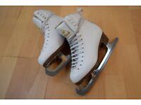Lovely Jackson Mustique Ice-Skates size 1.5 UK