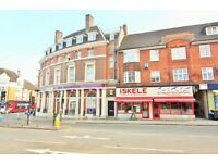 1 bedroom flat in Church Road, London, NW4