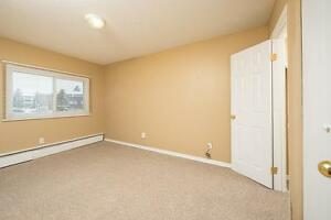 Amazing 3 bedroom Townhome! Pay only $800.00 for the first year! Edmonton Edmonton Area image 9
