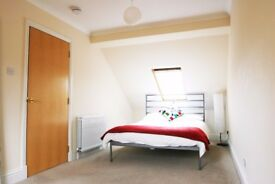 Double room in modern flat