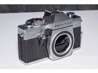Praktica MTL3 with Hoya 35mm - 75mm lens
