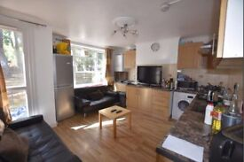 ***5 MIN TO PUTNEY STATION-3 AMAZING DOUBLE+2 SINGLE ROOMS-ALL BILLS INC***