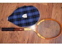 Tennis racquet vintage wood (La Hutte Impériale) £ 14