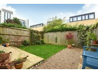 A CHARMING two double bedroom ground floor garden flat available to rent in Chiswick! £2000PCM