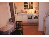 ROOM TO RENT PROPERTY TO SHARE --- DOUBLE IN TOTTENHAM !